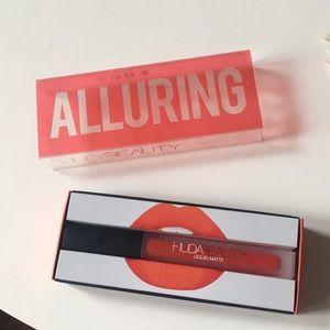 New Huda Beauty x Allure Liquid Matte - Alluring